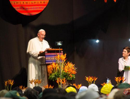 Discurso completo de Papa Francisco a los Movimientos Populares en Santa Cruz  (más idiomas)